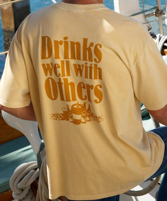 Short-Sleeve Beer Drinks Well Pale Ale Crew T-shirt