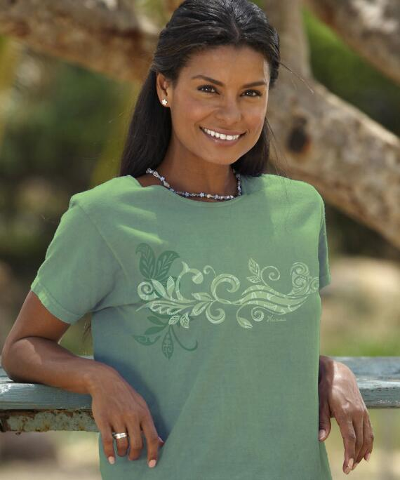 Short-Sleeve Island Scroll Ti Leaf Scoop Neck